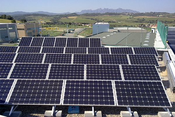 Plaques Solars per a autoconsum per empreses